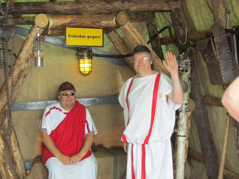 Wie beim Hafenfest soll der transportable Barbara-Stollen in Berlin eingesetzt werden. Die REVAG-Leute werden dann in Bergmannskluft und nicht in Römerkostümen daran teilnehmen.