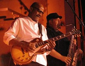 J.C. Dook mit Tommy Schneller von der Grand Jam Session Band