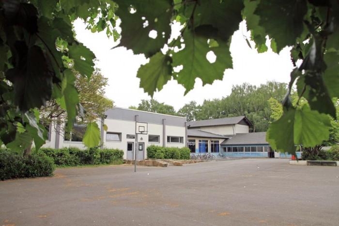Die ehemalige Heideschule in Weddinghofen soll abgerissen werden und einem Wohngebiet weichen.