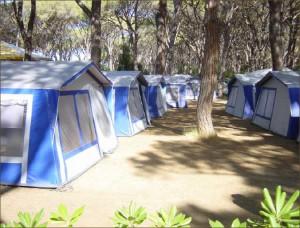 Die Zelt-Bungalows bieten jede Menge Komfort.