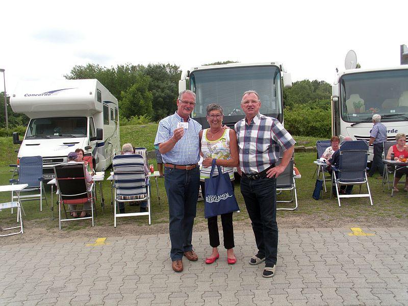 Rik Heynickx und Maritta Geypen aus Hamond / Belgien mit Detlef Göke (r.)