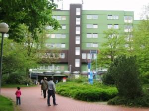 Im Kamener Krankenhaus kommt am 1. August das Aus für die Geburtshilfe. (Foto und Text: Andreas Milk)