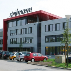 Die Steilmann-Zentrale an der Industriestraße in Rünthe.