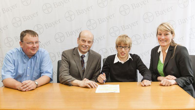 Doppelpremiere bei Bayer