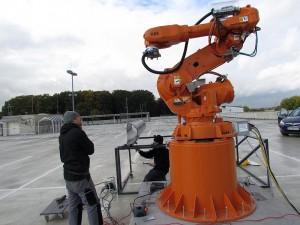 Dieser Industrieroboter wird in Bergkamen zum Kunstwerk.