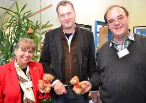 Die Bärchen der Aidshilfe haben bereits Tradition beim Tag der offenen Tür der Willy-Brandt-Gesamtschule. Auch diesmal hatten Schüler einen Verkaufsstand organisiert, an dem die Tierchen schnell ausverkauft waren.