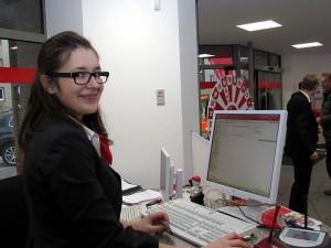 Sparkassen-Mitarbeiterin Veronika Zymelka