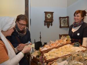 Duftende Seifen im historischen Gewand: Die Seifenschwestern hatten etwas für alle Sinne zu bieten.