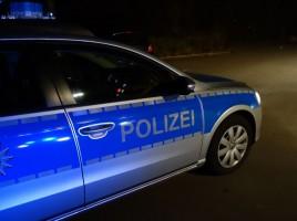 Schwarzer Porsche Panamera in Weddinghofen von Hofeinfahrt gestohlen