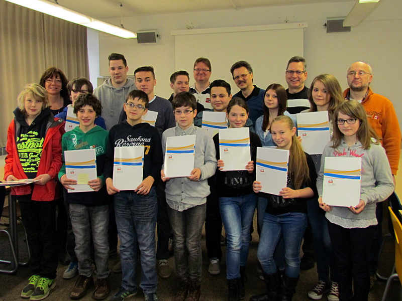 Die erfolgreichen Teilnehmer der Willy-Brandt-Gesamtschule Bergkamen am Biber-Informatikwettbewerb