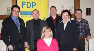 Der Vorstand der Bergkamener FDP (v.l.): Andree Saatkamp, Rainer Seepe, Marion Kuehn-Seepe, Hans-Jürgen Menz, An-gelika Lohmann-Begander, Volker Totzek