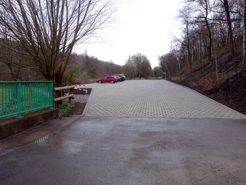 Der Haupteingang zur Halde Großes Holz im neuen Gewand.
