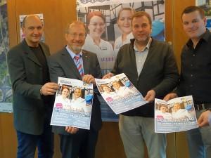 Präsentierten das Programm des Gesundheitstags 2014 (v.l.) Thomas Hartl (Stadtmarketing), Roland Schäfer, Johannes Valerius vom Katharinen-Hospital und Karsten Quabeck (Stadtmarketing).