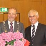 Wolfgang Kerak (r.) mit Bürgermeister Roland Schäfer
