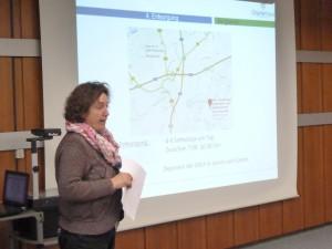 Brigitte van der Jagt stellte im Ratstrakt des Rathauses die Einzelheiten des Abrisses vor.