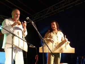 Perlen russischer Folktradition gibt es bei der Weltmusik mit Sergey Starostin & Marian Kaldararu am 19. Mai.
