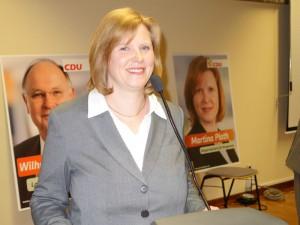 ZTeigt sich kämpferisch: die Bürgermeisterkandidatin der Bergkamener CDU, Martina Plath.