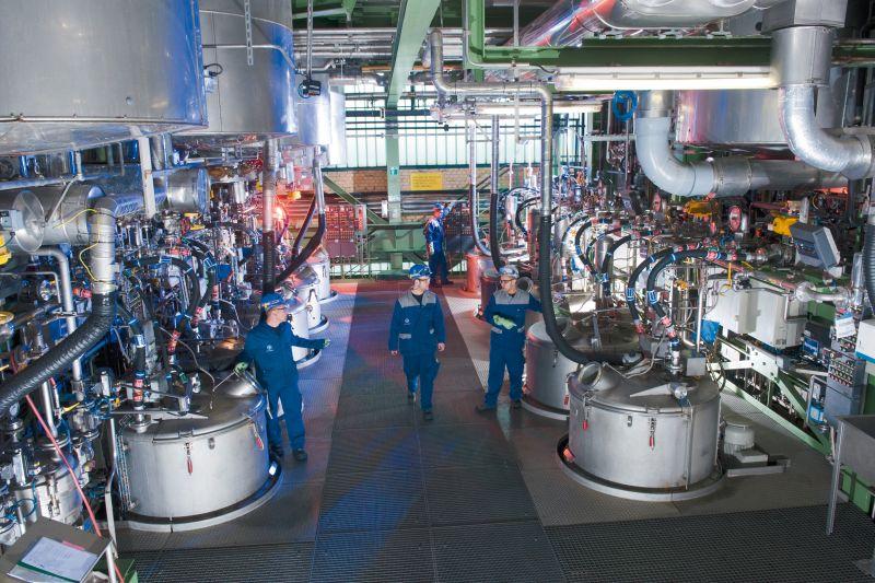 Praktizierter Umweltschutz: Die Abluft der Produktionsbetriebe wird direkt am Ort ihrer Entstehung abgesaugt und im Kraftwerk bei hohen Temperaturen umweltfreundlich verbrannt. Foto: Bayer