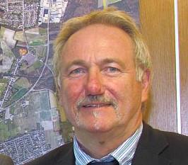 Bergkamens Wahlleiter Dr. Hans-Joachim Peters