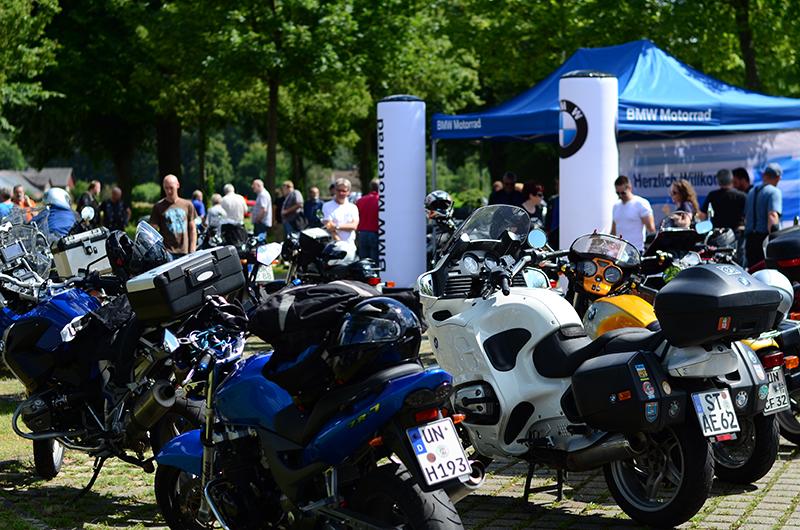 Volles Haus: Besucherrekord beim 6. Bikertreff der BMW Motorradfreunde Westfalen. (Foto: Pia Dunkel)