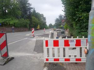Restarbeiten auf der Landwehrstraße im Bereich der Kamer Heide.