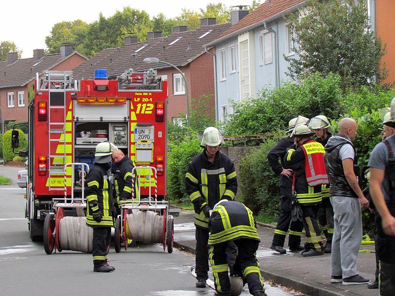 Die Feuerwehrleute der Löschgruppe Weddinghofen hatten den Brand einer Dunstabzugshaube an der  Meisenstraße schnell gelöscht.