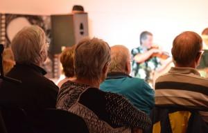 Andächtig lauschte das Publikum den mitreißenden Rhythmen.