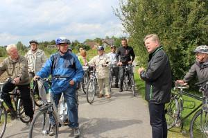 Der SPD-Landtagsabgeordenete Rüdiger Weiß (r.) hatte am Freitag zur Sommerradtour eingeladen.