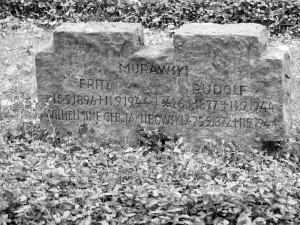 Auf dem Ehrenfriedhof in Bergkamen-Mitte haben zahlreiche zivile Opfer des Bomberangriffs vom 11. September 1944 ihre letzte Ruhestättegefunden