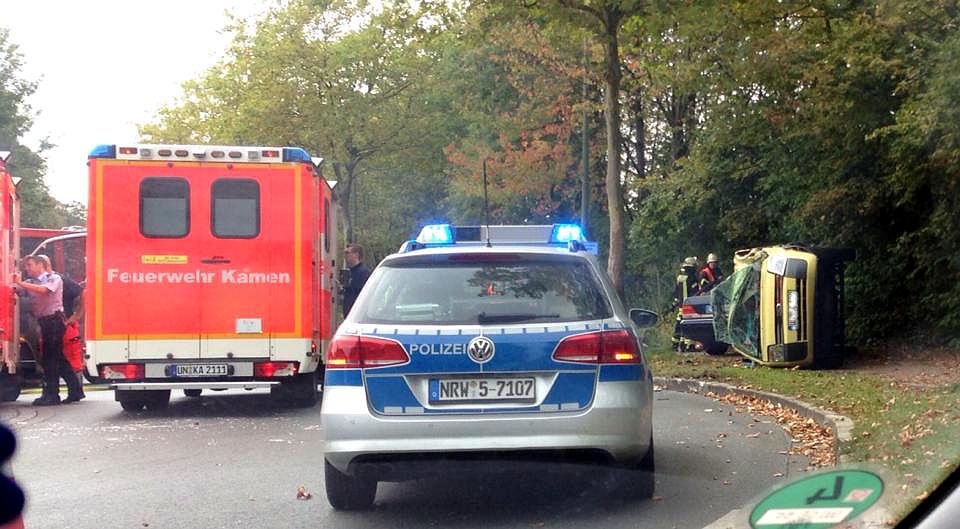 Dieser Unfall auf dem Kreisverkehr bei Lidl hätte sehr böse enden können.
