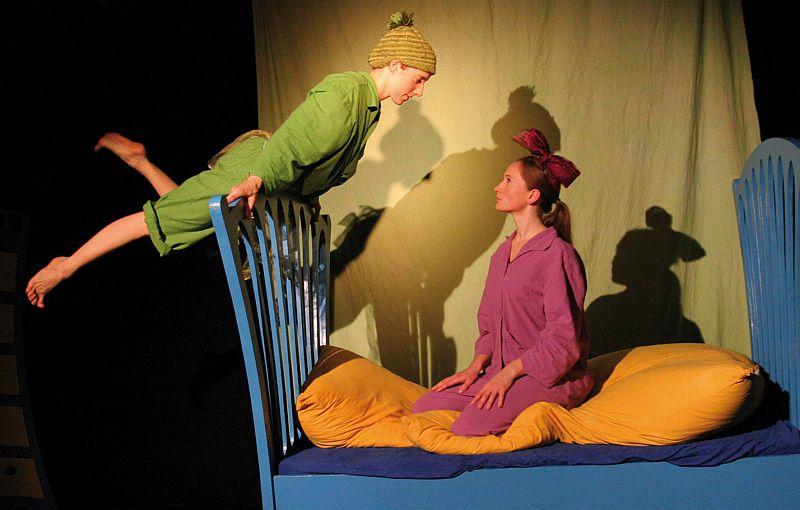 Das Jugendamt eröffnet mit Peter Pan die Kindertheatersaison im studio theater