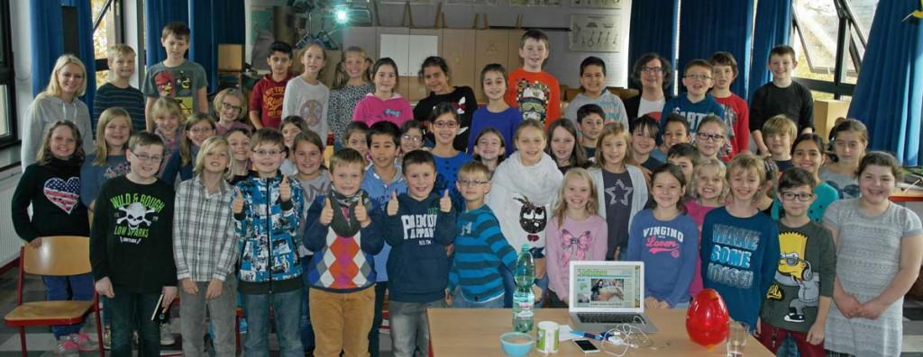 Die Viertklässler der Jahnschule haben den Journalisten Tobias Kestin interviewt.