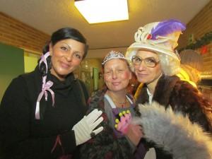 Die Erzieherinnen der Kita Sprösslinge sorgten mit einem Theaterstück für Unterhaltung.
