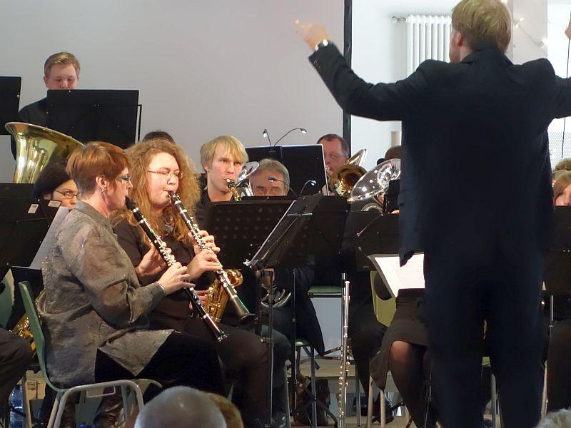Blasorchester der Musikschule der Stadt Bergkamen am 2. Advent in der Ökologiestation Heil.