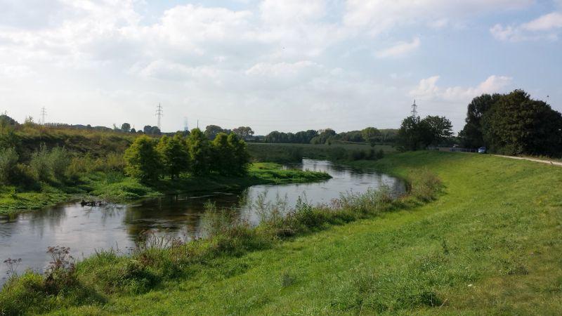 Zum Einzeugsgebiet der Seseke (Hier im Süden von Oberaden an der Stadtgrenze zu Lünen) gehört auch der Oberlauf der Körne, die auf Dortmundergebiet im nächsten Jahr ebenfalls renaturiert wird.
