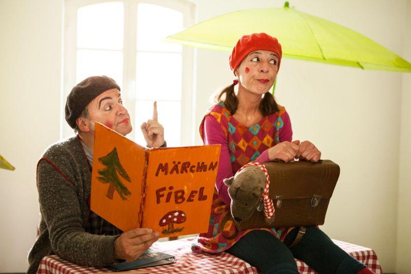 """Theater für Kinder """"Gränsel und Hetel verwirrten sich im Wald"""""""