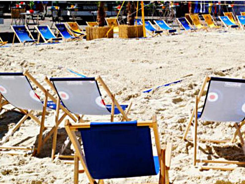 So wird es Ende Juni auf dem Stadtmarkt beim Karibik Fest aussehen. Dazu müssen natürlich noch jede Menge Menschen kommen.