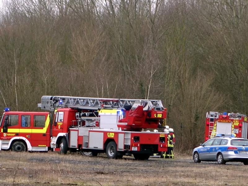 Feuerwehreinsatz auf dem ehemaligen Grimberg-Gelände in Weddinghofen. Laut Alarm brannte eine Hütte.