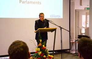 Eine klare Meinung hat Dr. Dietmar Köster zu allen aktuellen Problemen, mit denen Europa zu kämpfen hat.