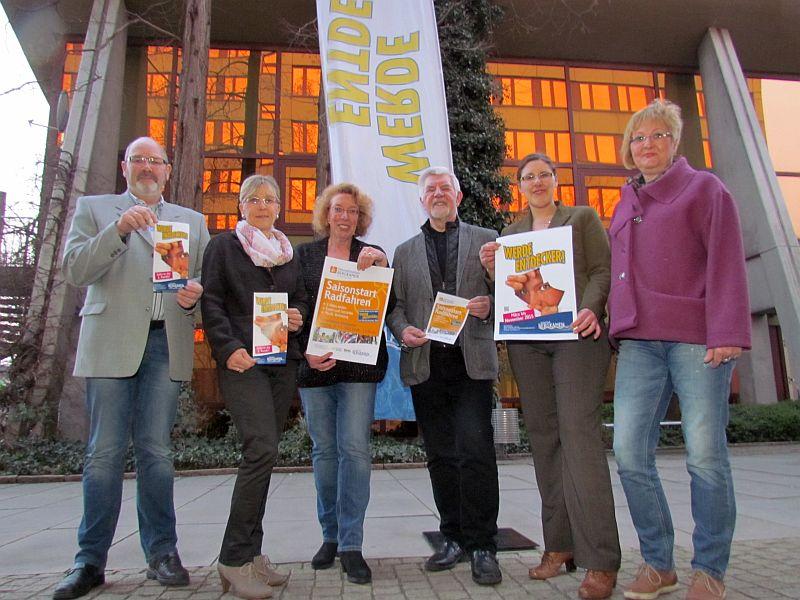 """Der kleine Arbeitskreis Tourismus präsentiert das Programm von """"Werde Entdecker""""."""