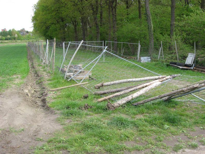 Unbekannte vergriffen sich in der Nacht zum ersten Mai an dem Wildgatter von Rolf Humberg.