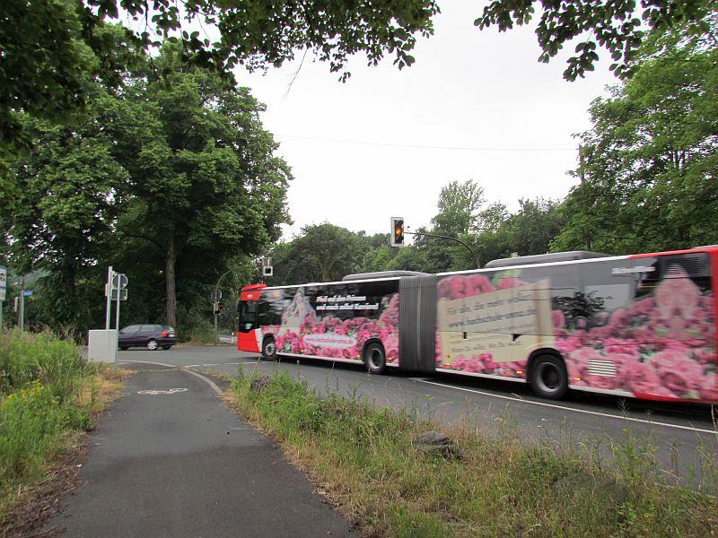 """Auch die VKU hat sich bei Straßen NRW über die """"reparierte"""" Ampelanlage Lünener Straße/Buckenstraße beschwert, weil sie oft zu Verspätungen der S30 von Bergkamen nach Dortmund führt."""