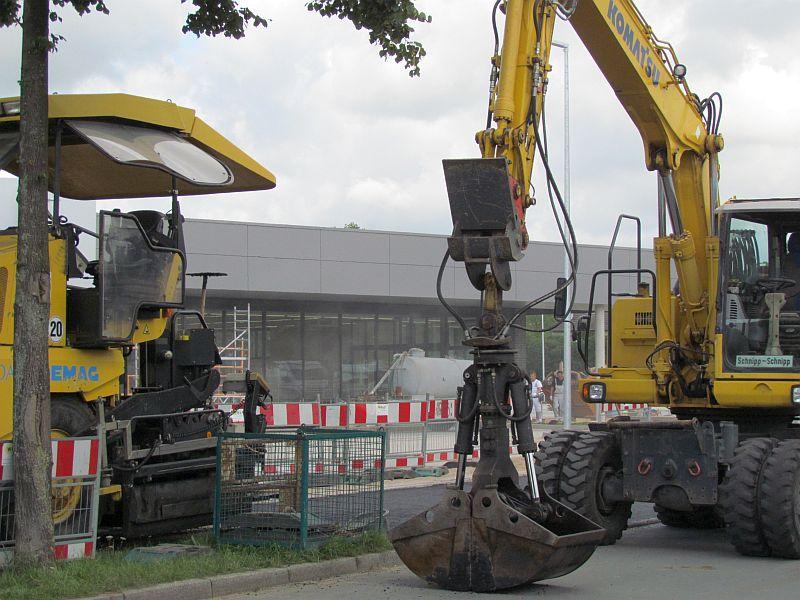 Straßenbauarbeiten am neuen Aldi an der Geschwister-Scholl-Straße