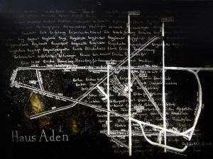 Der Plan des Bergwerks von Haus Aden mit unzähligen Bergbau-Wörtern im Hintergrund.