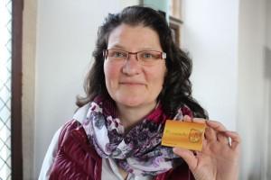 Monika Lichtenhof mit der Ehrenamtskarte