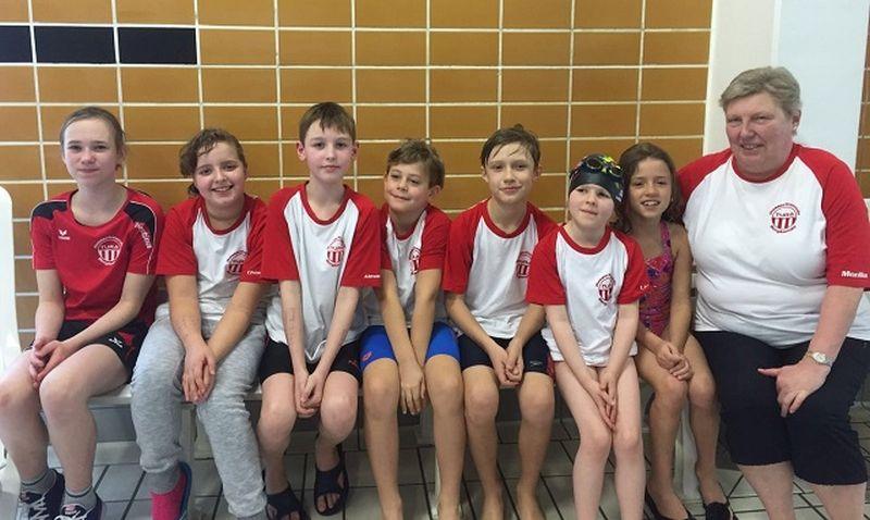 Das erfolgreiche Team der TuRa-Wasserfreunde.