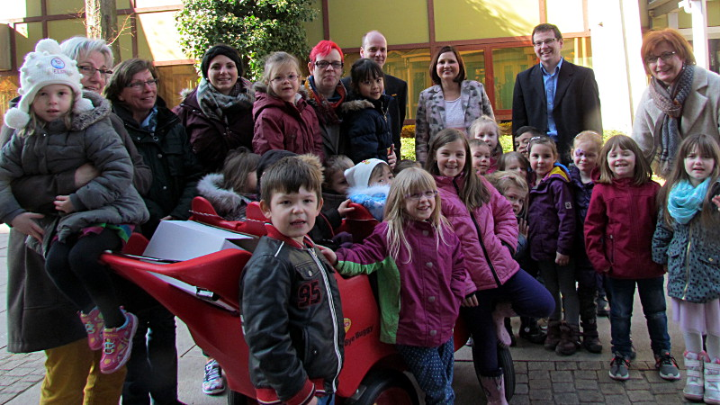 """Die Kinder aus dem Familienzentrum Bodelschwinghhaus war bei der Vorstellung des Programms der 24. Auflöage von """"Poco lässt die Puppen tanzen"""" dabei."""