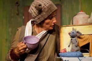 """Das Theater Wilde Hummel aus Bochum zeigt """"Mausekuss für Bär"""""""