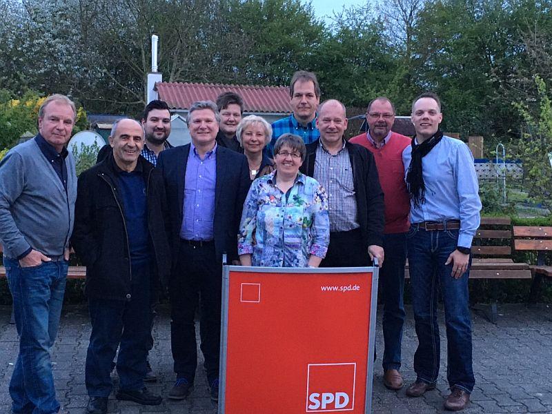 Der neue Vorstand des SPD-Ortsvereins Weddinghofen.