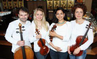 "Das Streichquartett ""La Gioia"": Mikhail Tolpygo, Gudrun Edelkötter, Sophie Richter, Christine Hanl.  Foto:t Roland Kentrup."
